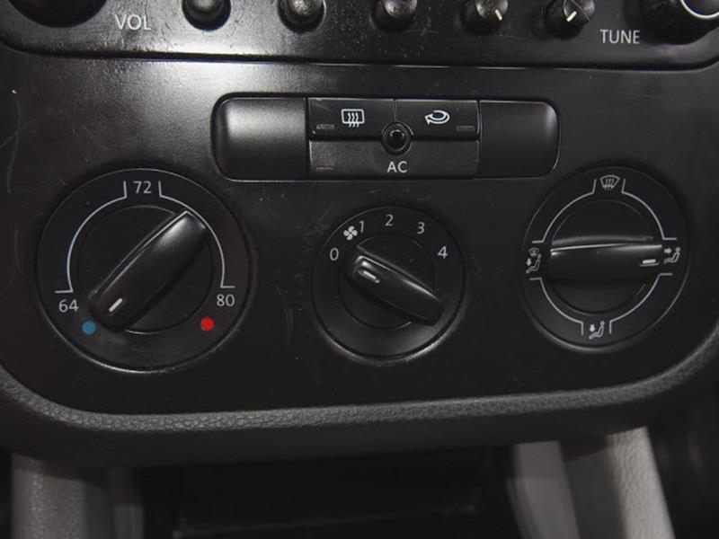 2006 Volkswagen Jetta 2.5 4dr Sedan w/Automatic - Tulsa OK