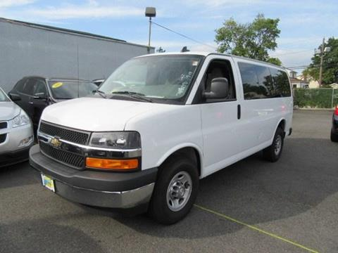 2017 Chevrolet Express Passenger for sale in Valley Stream, NY