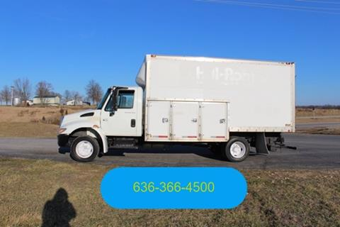 2002 International 4300 for sale in Moscow Mills, MO