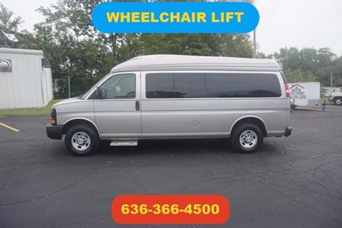 2009 Chevrolet Express Passenger for sale in Moscow Mills, MO