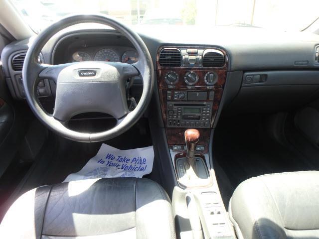 2000 Volvo S40 4dr Turbo Sedan - Addison IL