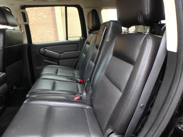 2006 Mercury Mountaineer AWD Premier 4dr Crossover - Addison IL