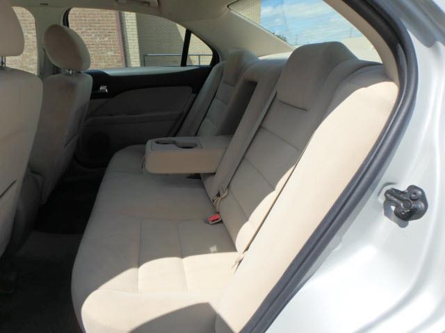 2008 Ford Fusion V6 SE 4dr Sedan - Addison IL