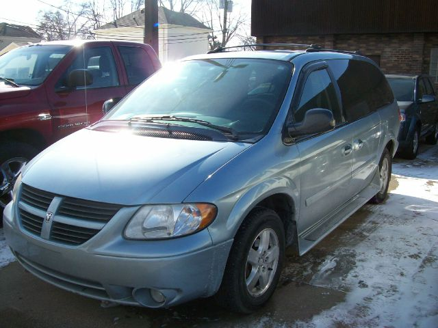 Used 2005 dodge grand caravan special edition 4dr ext for Madison motors madison va