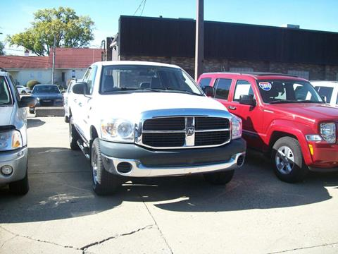 2007 Dodge Ram Pickup 1500 for sale in Madison Heights, MI