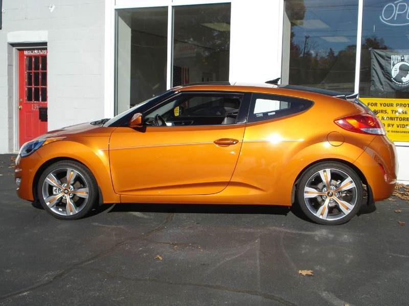 2013 Hyundai Veloster 3dr Coupe - Worcester MA