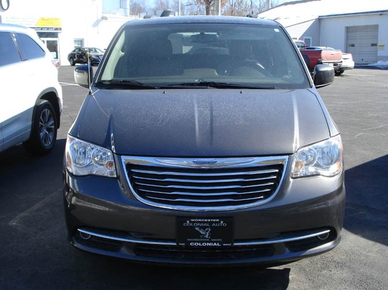 2015 Chrysler Town and Country Touring 4dr Mini-Van - Worcester MA