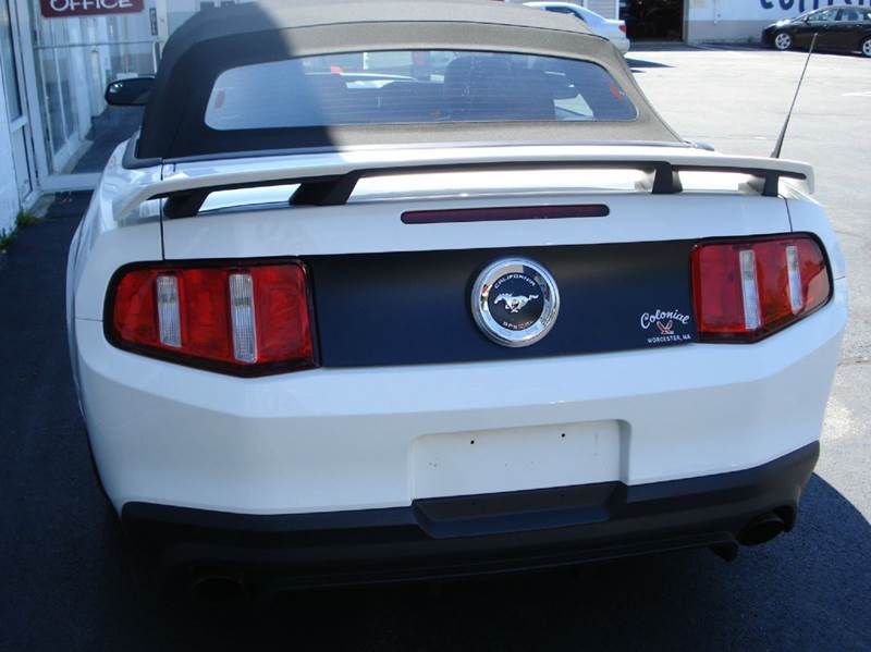 2012 Ford Mustang GT Premium 2dr Convertible - Worcester MA