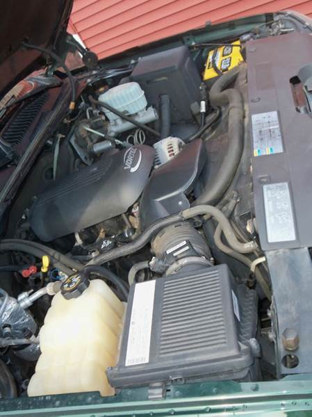 2004 Chevrolet Silverado 2500HD Base 4dr Extended Cab 4WD SB - Ludlow MA