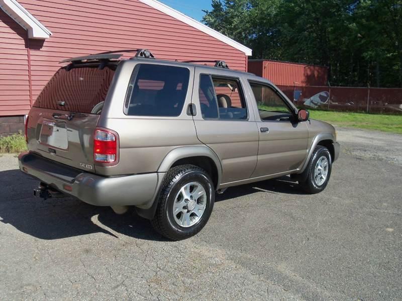 2001 Nissan Pathfinder SE 4WD 4dr SUV - Ludlow MA