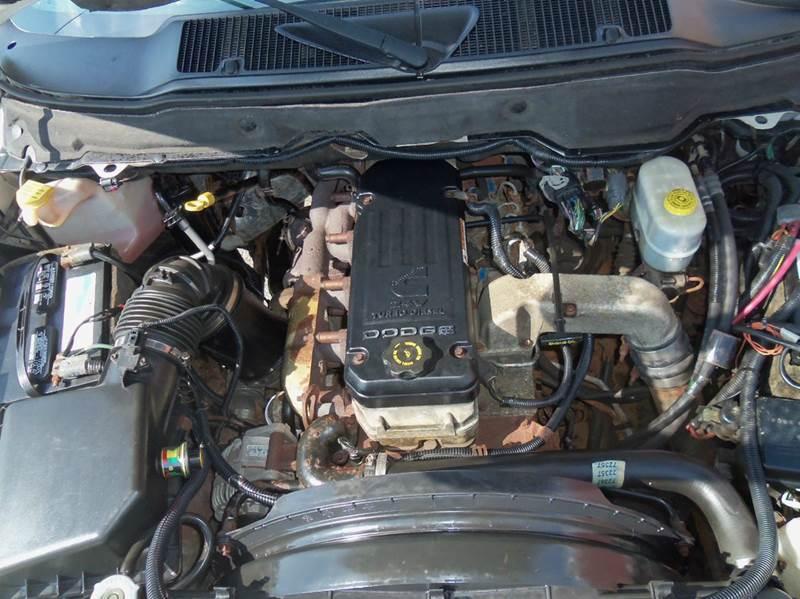2005 Dodge Ram Pickup 2500 sl - Ludlow MA