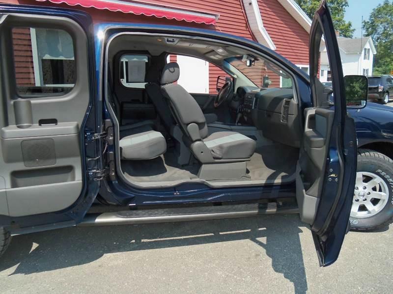 2007 Nissan Titan SE 4dr King Cab 4WD SB - Ludlow MA