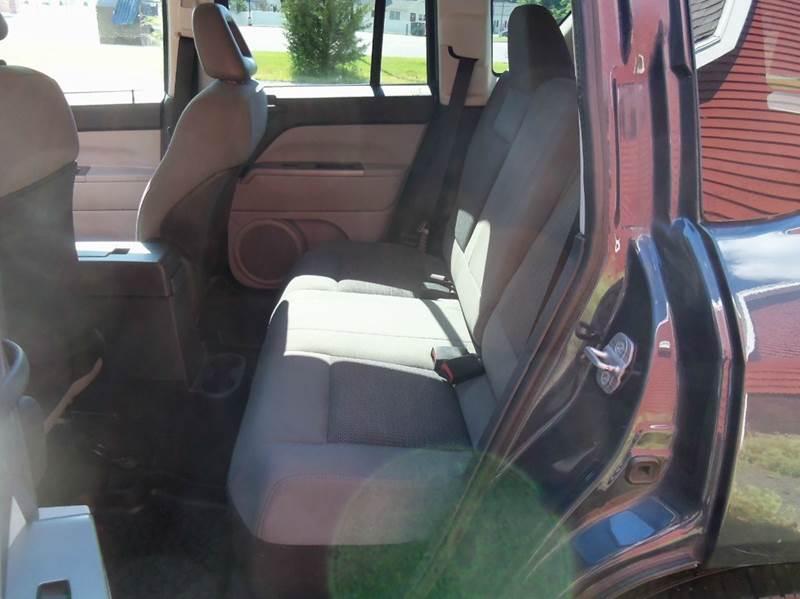 2007 Jeep Compass 4x4 Sport 4dr SUV - Ludlow MA
