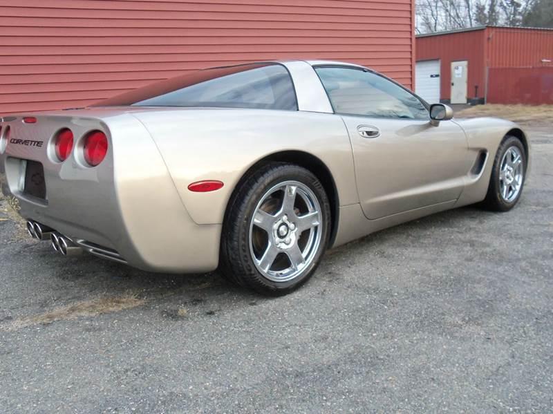 1998 Chevrolet Corvette Removable targa top - Ludlow MA
