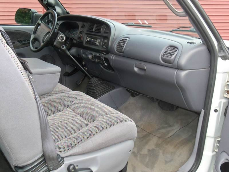 1998 Dodge Ram Pickup 3500 SLT 4dr Extended Cab LB - Ludlow MA