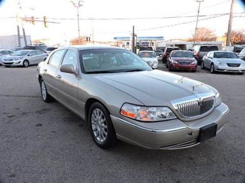 2006 Lincoln Town Car for sale in Rockford, IL