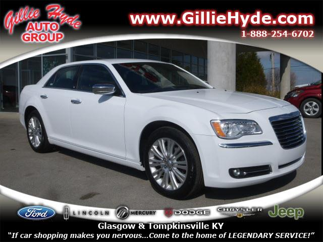 2013 Chrysler 300 for sale in Glasgow KY