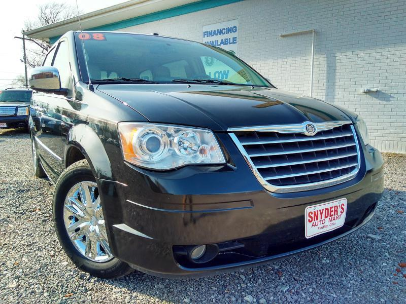 2008 Chrysler Town and Country Limited 4dr Mini-Van - Findlay OH