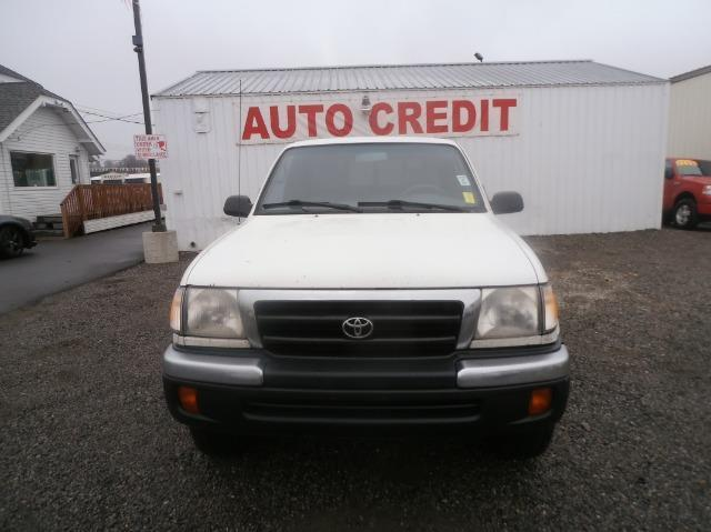2000 TOYOTA TACOMA XTRACAB 4WD white come check us out on n ruby and visit one of our 5 salesman t