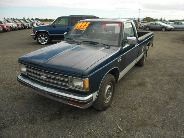 1985 CHEVROLET S10 REGULAR CAB 2WD blue we take trade-ins of all shapes and sizes paid for or not