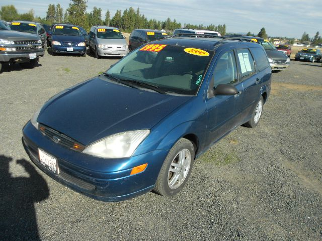 2000 FORD FOCUS SE blue we take trade-ins of all shapes and sizes paid for or not we finance we