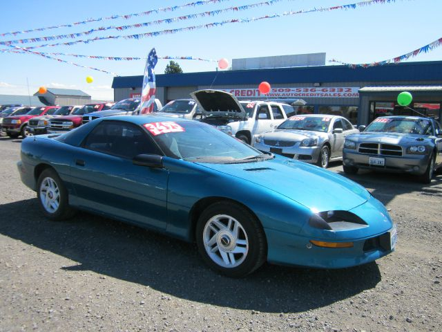 1996 CHEVROLET CAMARO BASE 2DR STD HATCHBACK 1996 we take trade-ins of all shapes and sizes paid