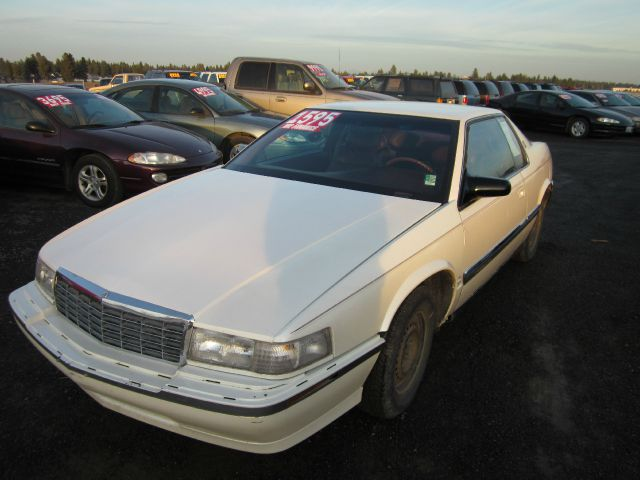 1992 CADILLAC ELDORADO COUPE white we take trade-ins of all shapes and sizes paid for or not we