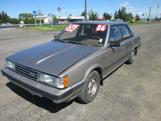 1986 TOYOTA CAMRY LE 4DR SEDAN 1986 we take trade-ins of all shapes and sizes paid for or not we