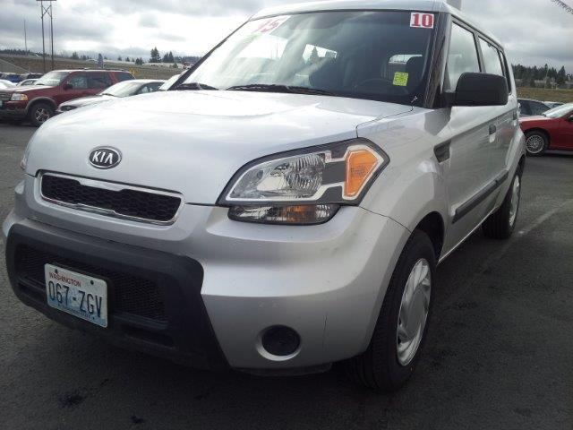2010 KIA SOUL BASE silver come talk to one of our salesmen today  call now for instant pre-appro