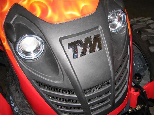 2014 T Y M T293 29HP HYDROSTAT