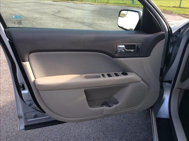 2012 Ford Fusion SE 4dr Sedan - Sedalia MO