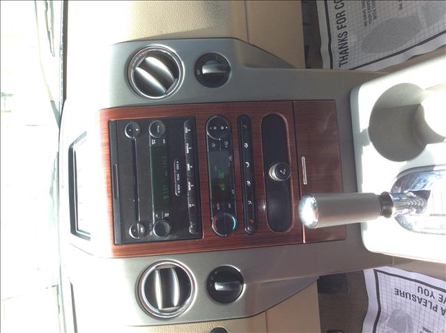2005 Ford F-150 Lariat 4dr SuperCrew 4WD Styleside 5.5 ft. SB - Sedalia MO
