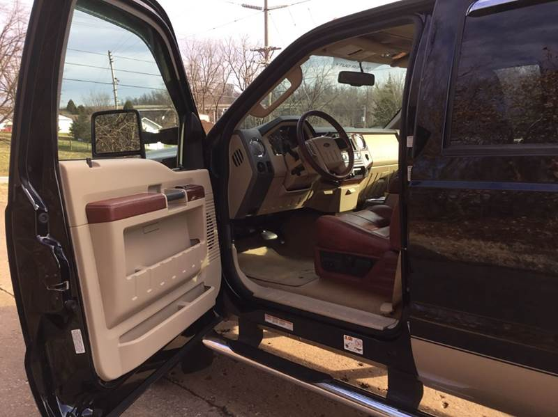 2008 Ford F-450 Super Duty King Ranch 4dr Crew Cab 4WD LB DRW - Sedalia MO