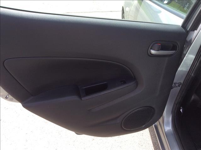2014 Mazda MAZDA2 Sport 4dr Hatchback 5M - Sedalia MO