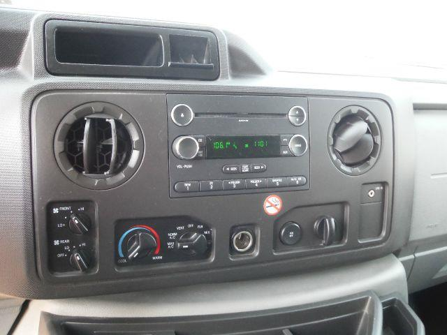 2011 Ford E-Series Wagon E-350 XLT Super Duty Extended - Sedalia MO