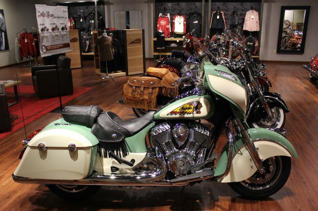 2014 Indian CUSTOM CHIEFTAIN