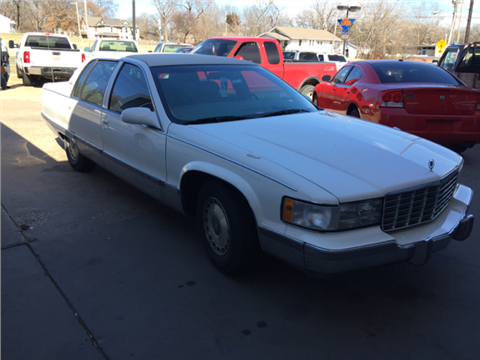 1995 Cadillac Fleetwood for sale in Topeka, KS