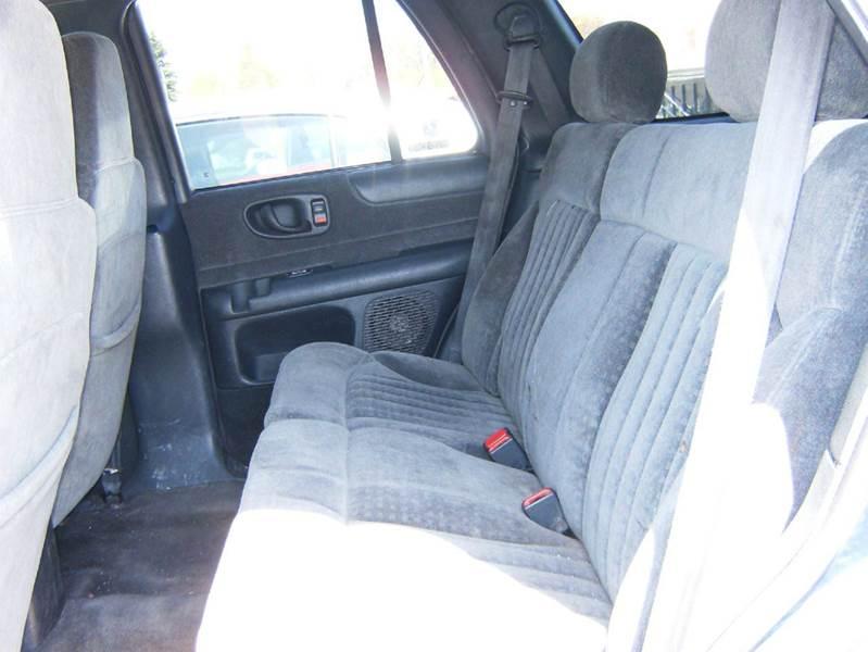 2001 Chevrolet Blazer LS 4WD 4dr SUV - Alpena MI