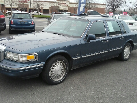 1996 Lincoln Town Car for sale in Kennewick, WA