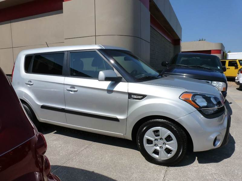 2013 kia soul 4dr wagon 6a in maryville tn i deal auto sales for Ideal motors maryville tn