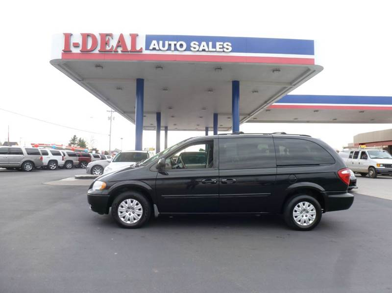 2006 chrysler town and country lx 4dr extended mini van w for Ideal motors maryville tn