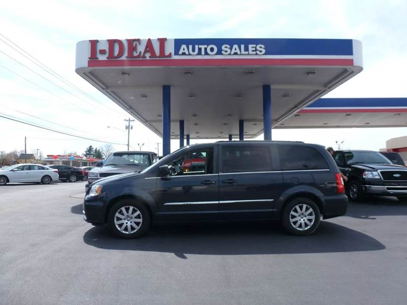 2013 chrysler town and country touring 4dr mini van in for Ideal motors maryville tn