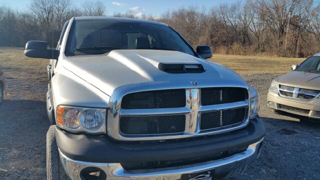 2005 dodge ram pickup 2500 slt 2dr regular cab 4wd lb for for Car city motors st joseph mo