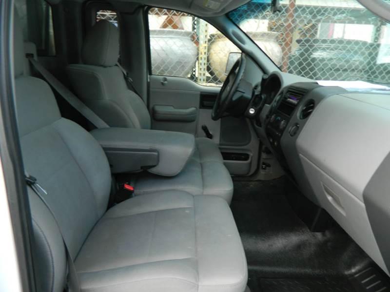 2007 Ford F-150 XL 2dr Regular Cab Styleside 8 ft. LB - Fort Worth TX