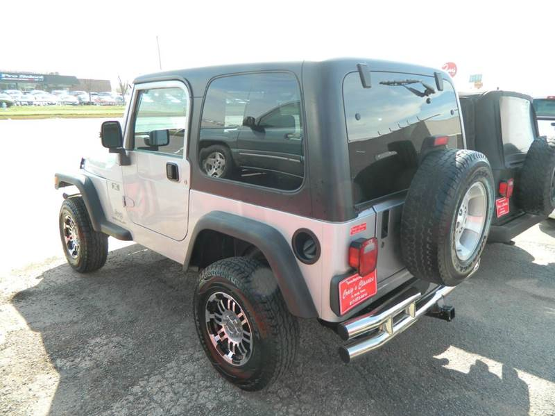 2004 Jeep Wrangler 2dr X 4WD SUV - Fort Worth TX