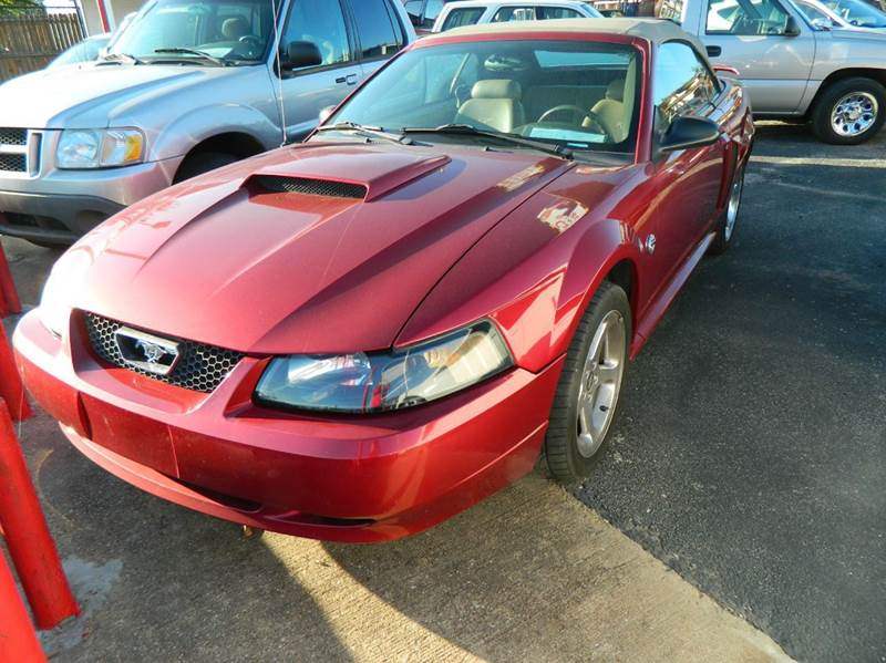 2004 Ford Mustang GT Deluxe 2dr Convertible - Fort Worth TX