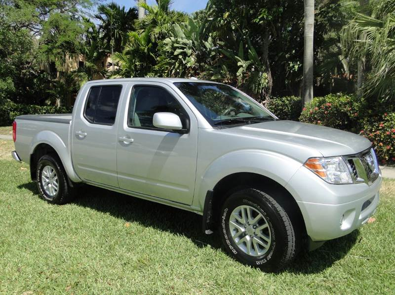 2015 nissan frontier 4x4 sv 4dr crew cab 5 ft sb pickup 5a in miami fl auto tempt leasing inc. Black Bedroom Furniture Sets. Home Design Ideas