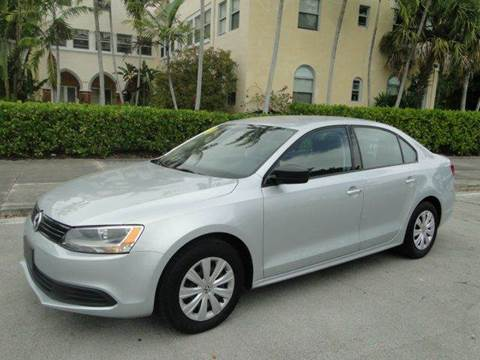 2014 Volkswagen Jetta for sale in Miami, FL