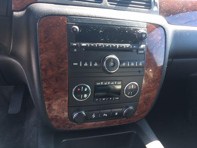 2011 Chevrolet Tahoe LT 4x4 4dr SUV - Warren MI