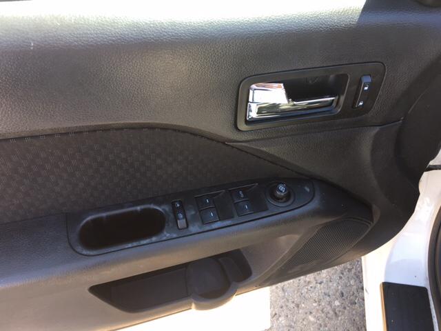 2009 Ford Fusion V6 SE 4dr Sedan - Warren MI